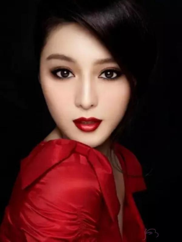 2019中国明星 排行_赵绛波主任畅谈 摒弃千篇一律 V 型脸,适合自己的最迷
